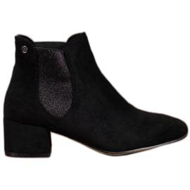 Ideal Shoes Boty Jodhpur se třpytkami černá