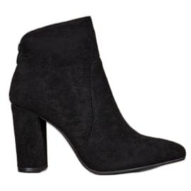 Ideal Shoes Klasické kotníkové boty černá