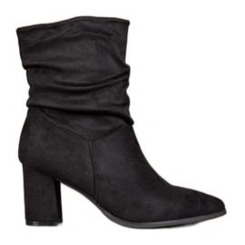 Super Mode Nasaďte vysoké podpatky černá