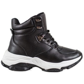Ideal Shoes Eko kožené tenisky černá