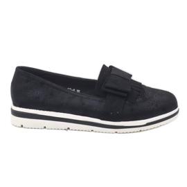 Černé matné boty na klínu YT-8 černá
