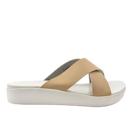 Béžové dámské pantofle LU22 hnědý