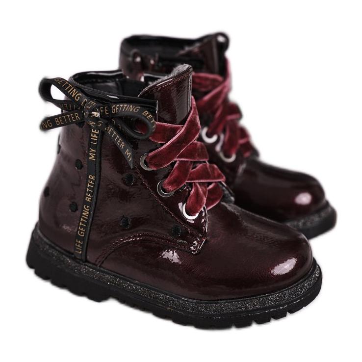 EVE Kaštanové lakované boty Essie červená