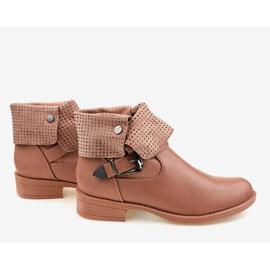 Růžové boty s přezkou a cvočky GG-43P růžový 2
