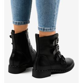 Dámské černé boty s přezkami S120 černá 2