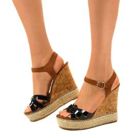 Černé sandály espadrilles na klínu 6032 2