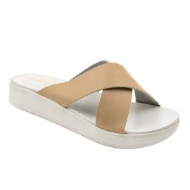 Béžové dámské pantofle LU22 hnědý 1