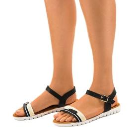 Dámské černé ploché sandály G-513-01 černá 1