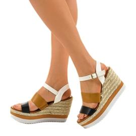 Černé espadrillesové klínové sandály VB76062 2
