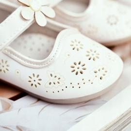 Apawwa Dětské byty Velcro Flower White Flored bílá 4