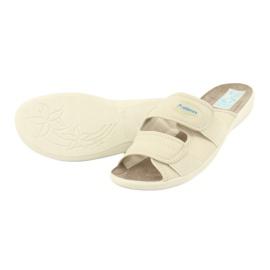 Elastické pantofle Adanex 17660 béžový 3