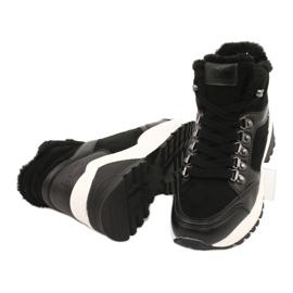 Sportovní pohodlné boty Lee Cooper LCJL-20-31-152 černá 3