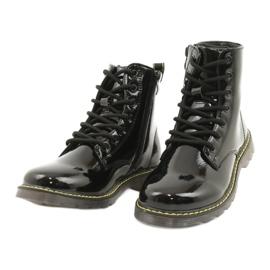 Černé lakované boty Evento 20DZ23-3216 Marita černá 4