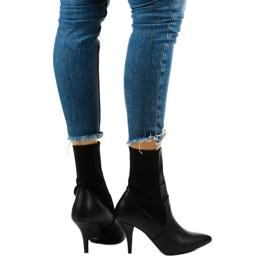 Černé vysoké podpatky s ponožkou Daywillow černá 3
