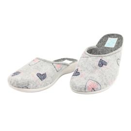 Šedá plstěná pantofle srdce Adanex 19255 šedá růžový 2