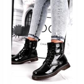 Černé lakované boty Evento 20DZ23-3216 Marita černá 1