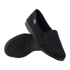 Černé pantofle Befado 001M060 černá 3