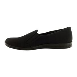 Černé pantofle Befado 001M060 černá 2
