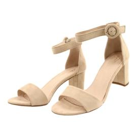 Sandály na podpatku béžové Evento 20SD98-1617 béžový 1